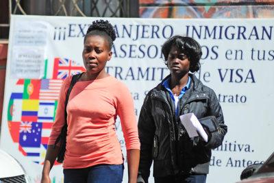 """BBC destaca a Chile como uno de los países """"más fáciles para emigrar"""""""