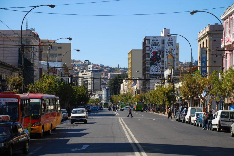 Proponen cambiar nombre de avenida Pedro Montt en Valparaíso por Violeta Parra