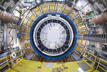 Chile fabricará 160 detectores del mayor acelerador de partículas del mundo
