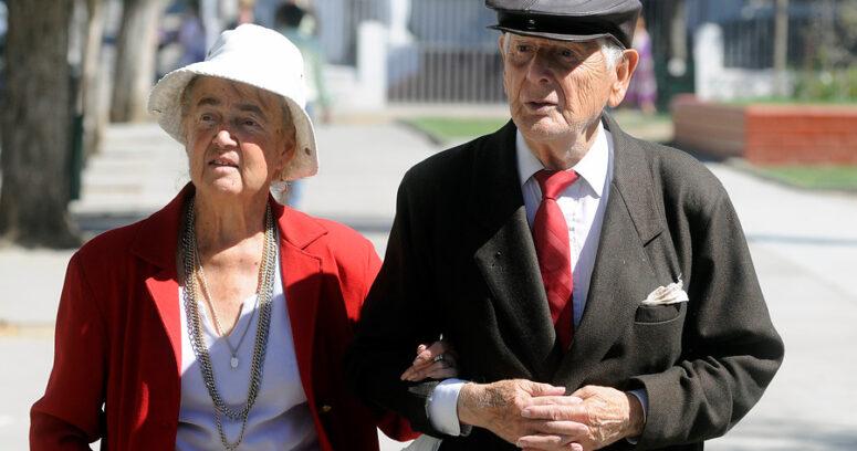 """""""Ministerio del Trabajo reconoce que estudia elevar la edad de jubilación de las mujeres"""""""