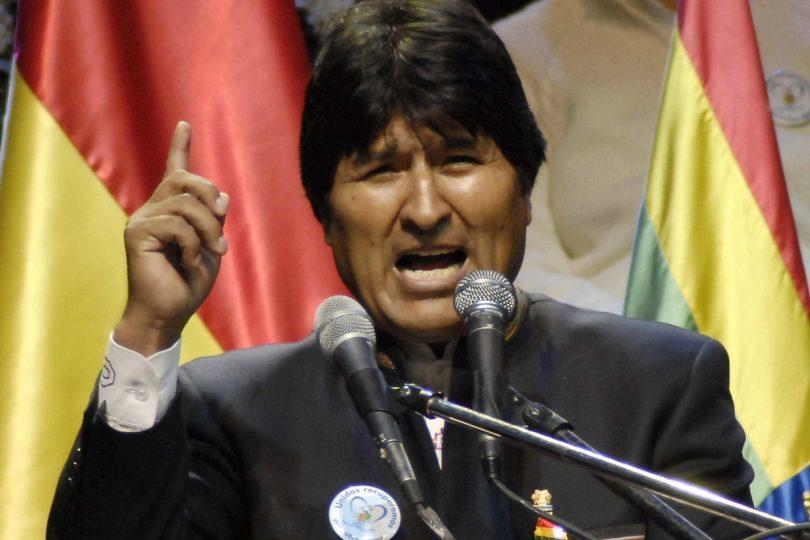 """Evo Morales saca nuevamente la artillería: """"¿Qué clase de socialismo hay en Chile?"""""""