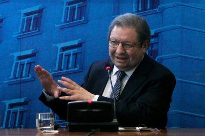 Nueva baja sorprende a equipo chileno de la demanda boliviana ante La Haya