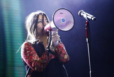 """""""Hay que quebrar todo"""": el comentado video de Ana Tijoux en la marcha No+AFP"""