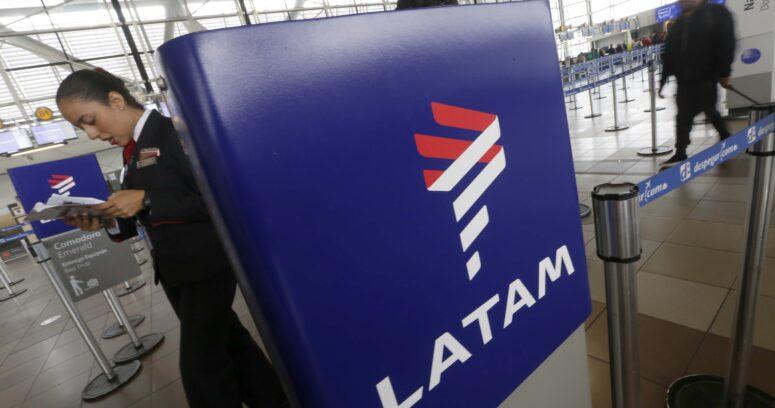 """""""Paro Nacional en Argentina: Latam cancela todos sus vuelos desde y hacia la país trasandino"""""""