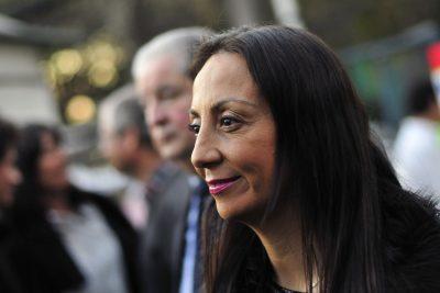 """""""¿Tiernos o tontos útiles del PC?"""": Cecilia Pérez en picada contra un """"grupito"""" de la NM por funa a Piñera"""