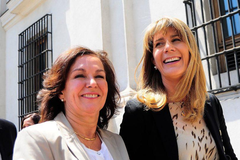 """Rincón """"se la cobra"""" a Rodrigo Valdés: apoya a ministra Krauss en controversia por AFP"""
