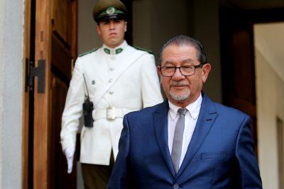 Mahmud Aleuy cita a intendente de La Araucanía por llamar al diálogo a CAM tras ataques incendiarios
