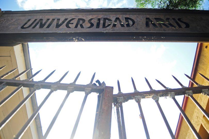 """Educación 2020 y cierre de Arcis: """"Este sistema estafa a los estudiantes cuando acredita tantas universidades"""""""