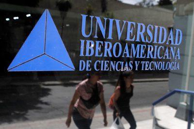 Mineduc anuncia investigación tras destaparse crisis financiera de la Universidad Iberoamericana