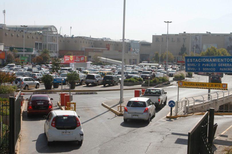 Estacionamientos: La Tercera se la juega por el cobro a todo evento