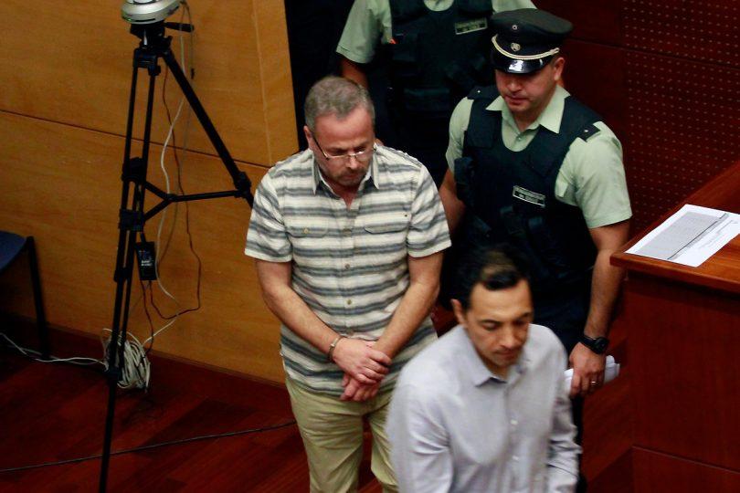 Tribunal decreta prisión para 7 carabineros y un civil por multimillonario fraude a la institución