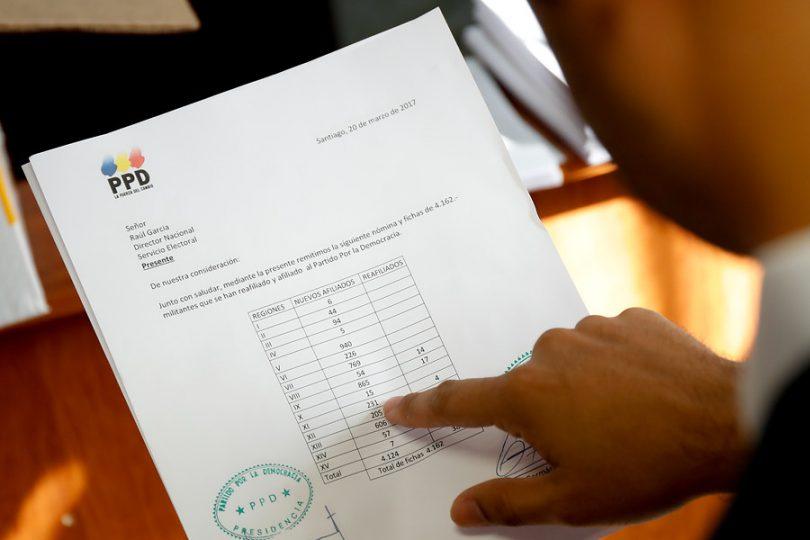 """Consejero de RN denuncia """"engaño"""" del PPD para fichar a militantes en La Araucanía"""