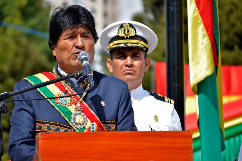 """Evo Morales acusa al Gobierno y a Carabineros de """"corruptos"""" por detención de bolivianos"""