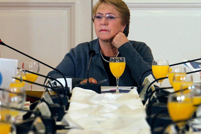 """Michelle Bachelet y la defensa a su gestión: """"No hemos abandonado nuestro compromiso"""""""