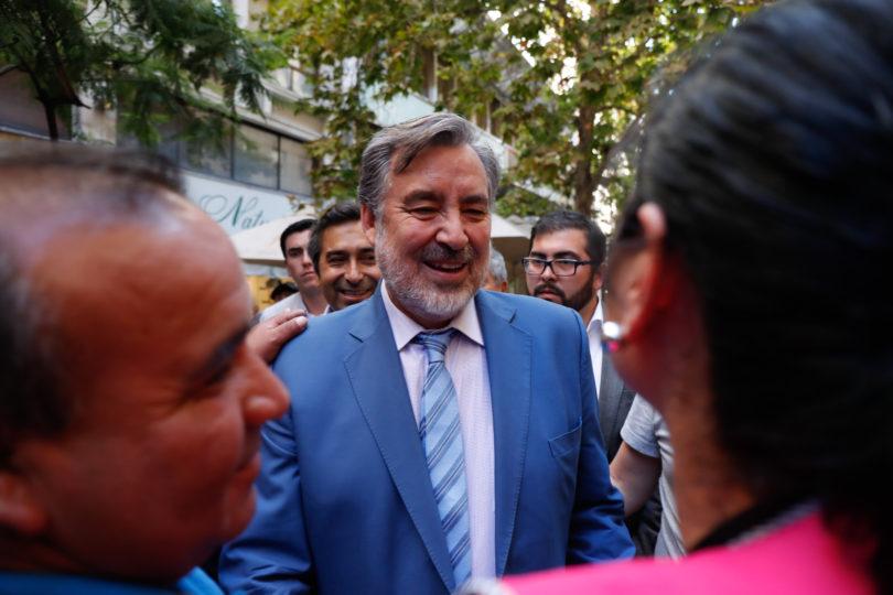 Guillier critica sistema de AFP pero ahorra $1,3 millones al mes en APV con beneficio tributario