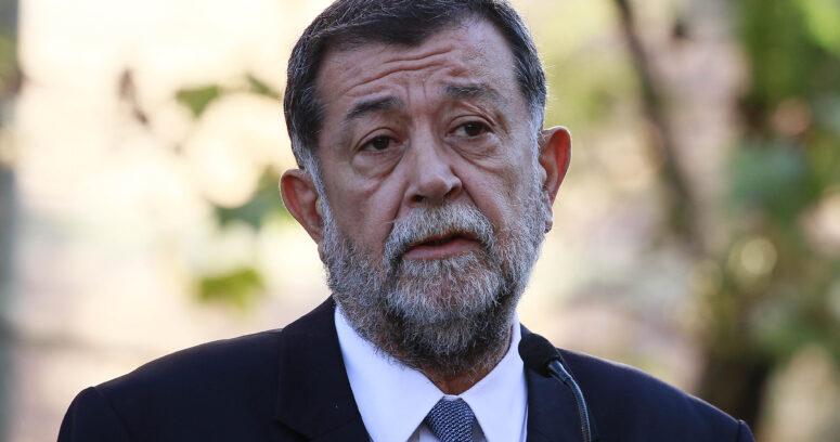 """""""Aleuy dispara contra Piñera:"""