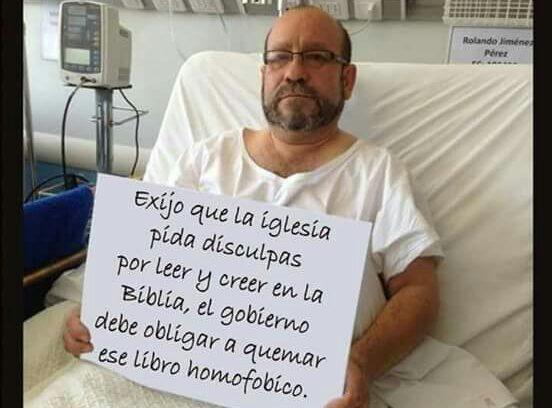 """""""Iván Moreira le da duro al vocero de Movilh por una foto falsa que todos notaron (menos él)"""""""