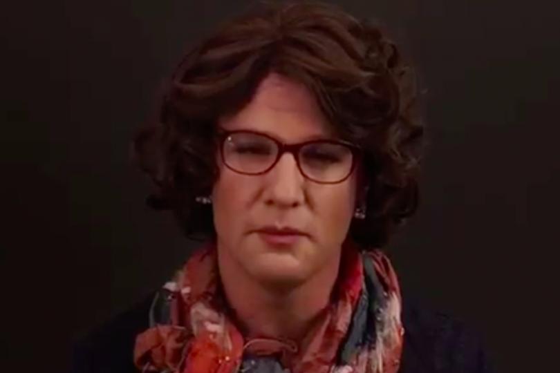 """VIDEO   Felipe Kast se viste de mujer para hablar de brechas de género: """"Esta realidad me indigna"""""""