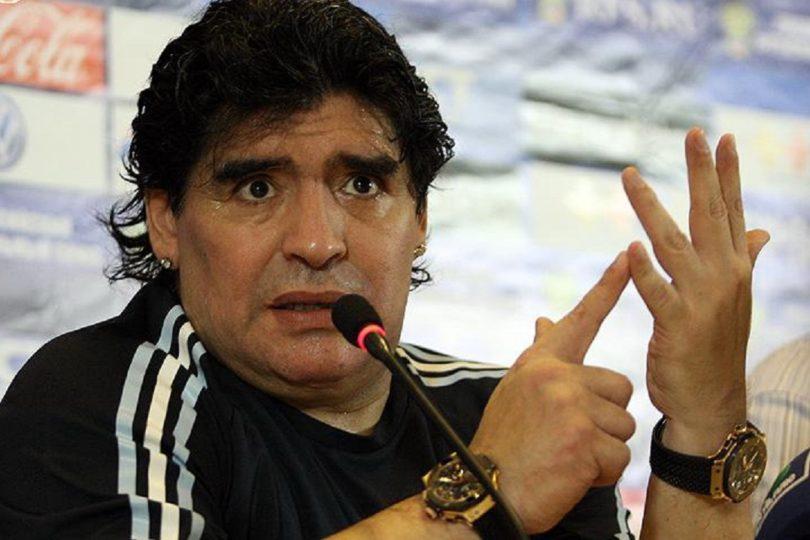 """""""Somos chavistas hasta la muerte"""": Diego Maradona se ofrece como soldado de Venezuela a Nicolás Maduro"""