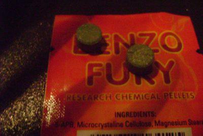 """""""Benzo Fury"""", la peligrosa droga sintética que invade las fiestas de Europa y EE.UU. llegó a Chile"""