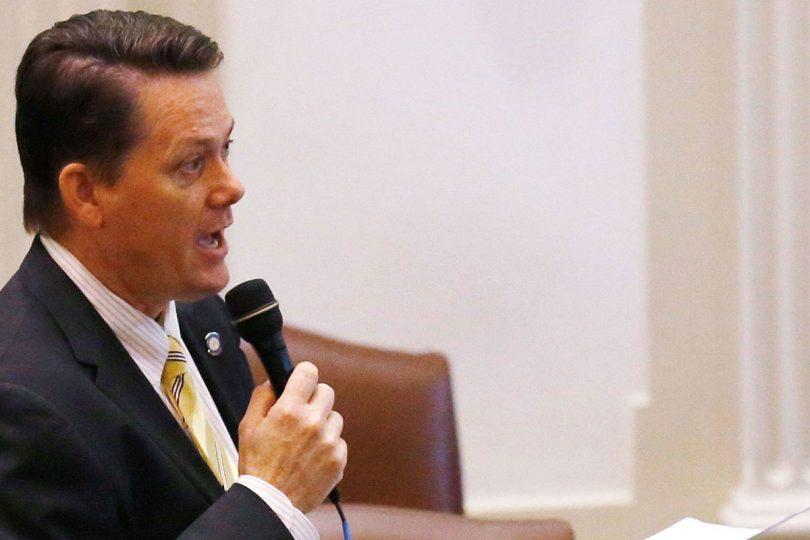 """Legislador republicano de EE.UU: """"Los embarazos por violación están dentro del plan de Dios"""""""