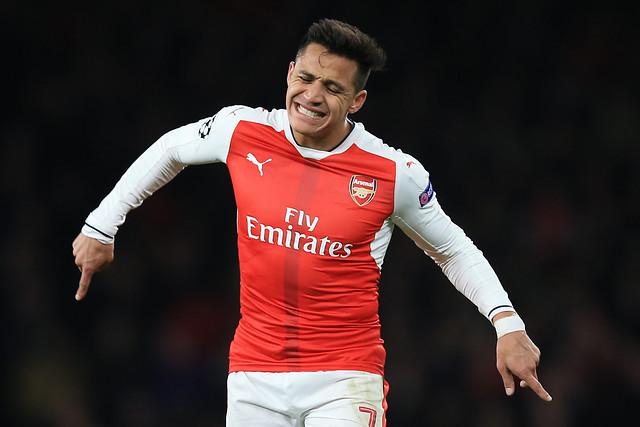 Se aburrieron: Alexis Sánchez estaría siendo marginado por sus compañeros del Arsenal