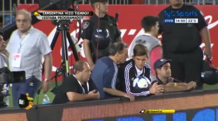 VIDEO |Nuevo registro deja en evidencia el juego sucio de Argentina contra Chile