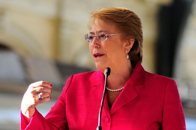 Presidenta Bachelet alza la voz por compra de terrenos cercanos a Dominga