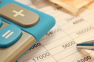 """¿Estás en Dicom? Revisa si eres beneficiario de una """"oferta"""" para dejar de ser deudor"""