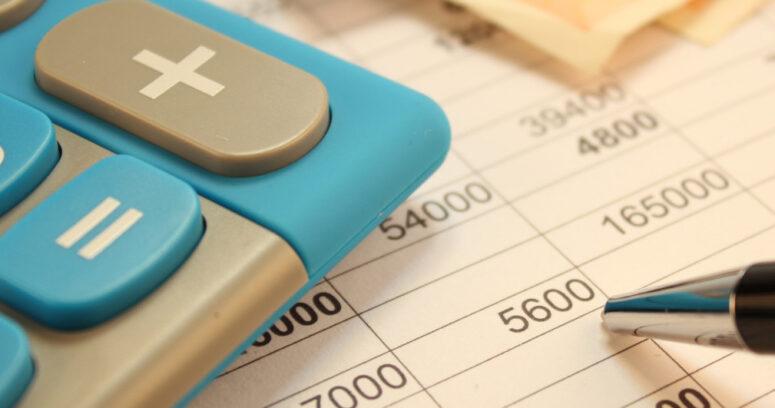 Uno de cada tres chilenos mayores de edad registra una deuda morosa