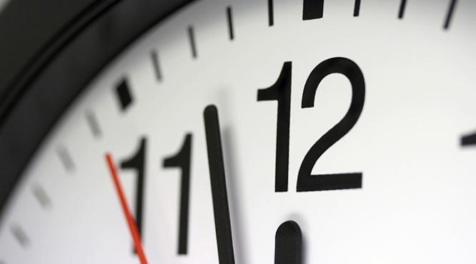 Jornada laboral de 4×3: pros y contras de menos días para el trabajo y más para el descanso
