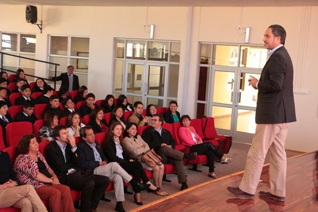 """""""Yo me hago cargo"""": lanzan programa de alto emprendimiento para jóvenes de Laja"""