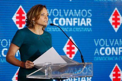 Junta Nacional de la DC proclama a Carolina Goic como su abanderada presidencial