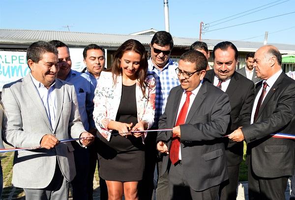 Pavimentación y luminaria fotovoltaica: comunidad de Hualpén es beneficiada con nuevas instalaciones