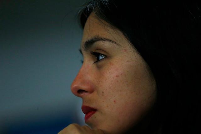 FOTO |Conocida empresa usó imagen de Karol Cariola en publicidad: la diputada responde
