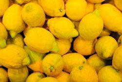 Ciudadanos peruanos no compraron limones durante 3 días y lograron bajar los precios un 70%