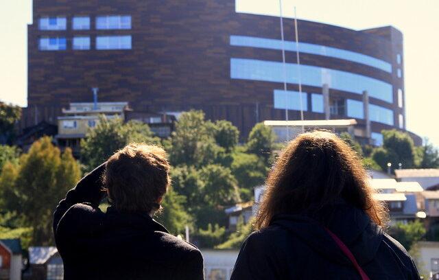"""""""Arquitecto a cargo del mall de Chiloé fue denunciado por ejercicio ilegal de la profesión en Chile"""""""