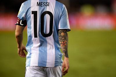 Un manjar: comentarios y teorías de la prensa argentina sobre la suspensión de Messi
