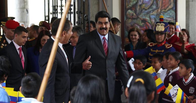 """""""Gobierno venezolano asegura que """"es falso que se haya consumado un golpe de Estado"""""""""""