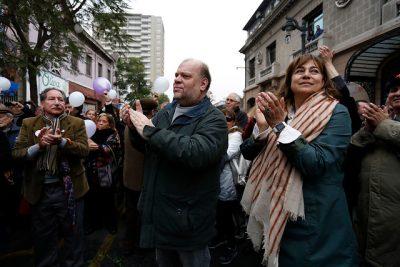 Día de la Mujer, actos con vedettos en las municipalidades y una patética historia de Roberto Nicolini
