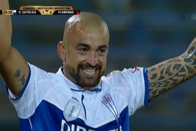 VIDEO   U. Católica logra importante triunfo en Libertadores ante Flamengo con este golazo de Silva