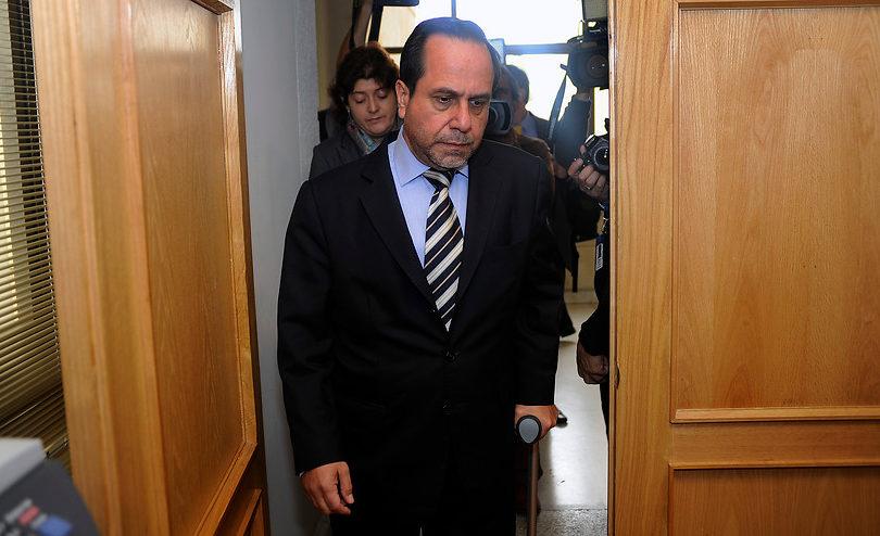 """Ex contralor Ramiro Mendoza defiende beneficios de """"guetos verticales"""" y le echa la culpa al Transantiago"""