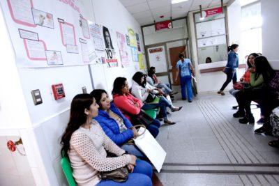 Salud Pública: 1,6 millones de personas esperan promedio 439 días para ver especialistas