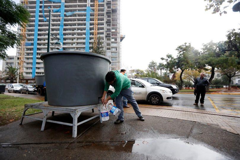 """Aguas Andinas retoma """"parcialmente"""" producción de agua potable: ahora son 25 comunas afectadas"""