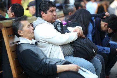 Fundación SOL: la mitad de los trabajadores chilenos gana menos de 300 mil pesos mensuales