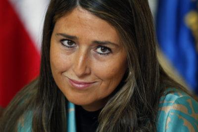 """CDE se querella contra diputada Nogueira (UDI) por """"sustraer"""" platas del Congreso"""