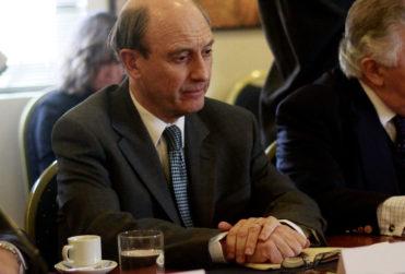 Ministro Carroza dicta acusación en contra de Juan Emilio Cheyre por Caravana de la Muerte