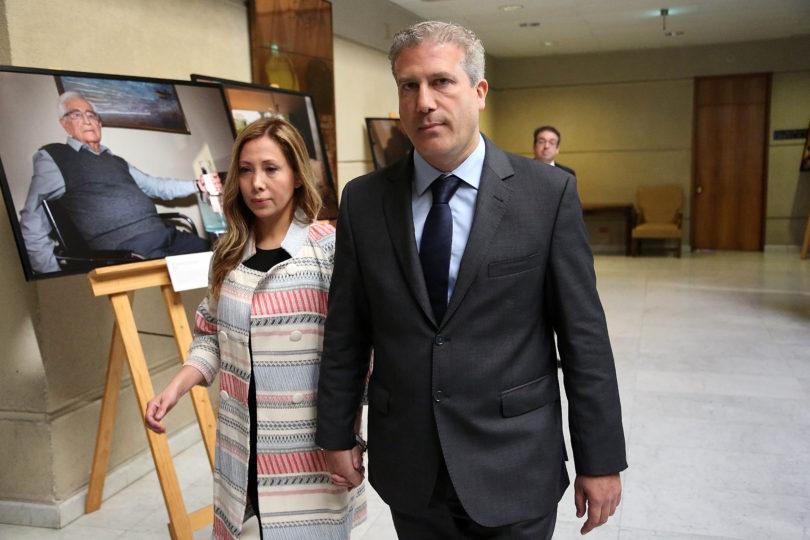 """Izquierda Autónoma pide a Goic que """"se ponga del lado de las mujeres"""" y expulse a Rincón"""