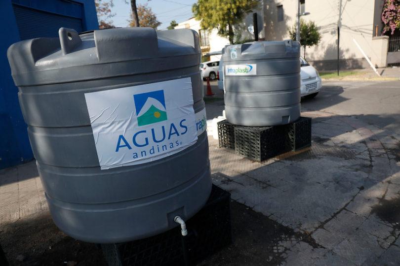 Aguas Andinas no compensará a la población afectada por el corte de suministro en RM