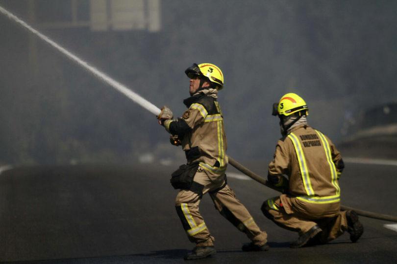 Una adulta y dos menores de edad murieron en incendio en Curacaví